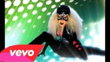 Christina Aguilera 'Keeps Gettin' Better' music video