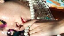 Nicole Millar 'Favours' music video