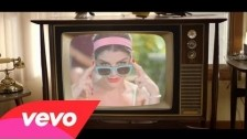 Nikki Yanofsky 'Something New' music video