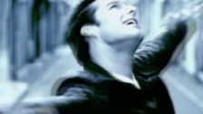 Ricky Martin 'María' music video