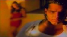 Ricky Martin 'Te Extraño, Te Olvido, Te Amo' music video