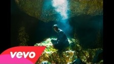 Oscar & The Wolf 'Strange Entity' music video