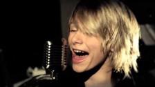 Lyric Dubee 'Hello Beautiful' music video