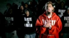 La Fouine 'Reste en Chien' music video