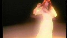 Kate Bush 'Wuthering Heights' music video