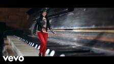 Amy MacDonald 'Dream On' music video