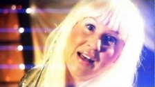 Galaxa 'Snöflingor Faller' music video