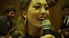 Blahalouisiana 'Máshol várnak' music video