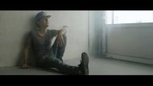 Hi-Rez 'Smiling' music video