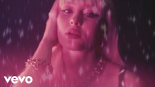 Zara Larsson 'WOW (Remix)' music video