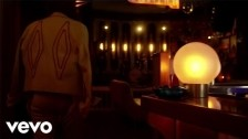 Jesse Jo Stark 'Driftwood' music video