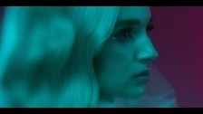 Poppy 'Interweb' music video
