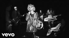 Blondie 'Fun' music video