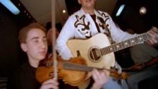 Brad Paisley 'Me Neither' music video