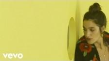 Levante 'Non me ne frega niente' music video