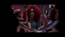 Ravyn Lenae 'Free Room' music video