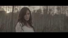 Sharlene Taulet 'Vives En Mi' music video