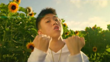 Rich Chigga 'Glow Like Dat' music video