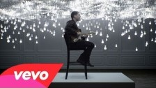 Cris Cab 'Loves Me Not' music video