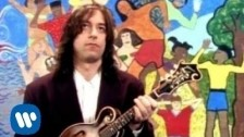 R.E.M. 'Shiny Happy People' music video