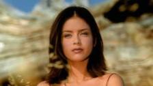 Ricky Martin 'Bella (She's All I Ever Had)' music video