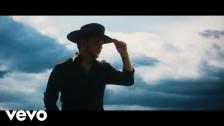 Christian Nodal 'Se Me Olvido' music video