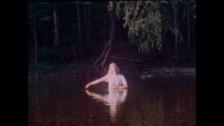 Yohuna 'Golden Foil' music video