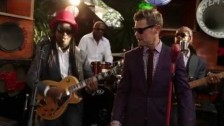 The Dualers 'Running Around With Your Head In The Clouds' music video