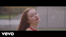 Sigrid 'High Five' music video