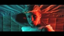 Röyksopp 'The Girl and the Robot' music video