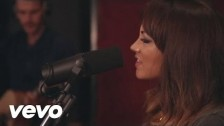 Samantha Jade 'What You've Done To Me (Acoustic)' music video