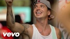 J Balvin 'Tranquila' music video