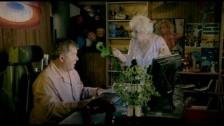 Brad Paisley 'Online' music video