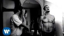 Red Hot Chili Peppers 'Suck My Kiss' music video