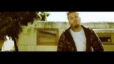 Stitches 'Molly Cyrus' music video