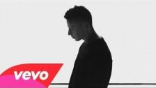 XOV 'Boys Don't Cry' music video