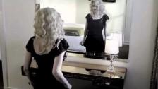 Avril Lavigne 'Goodbye' music video