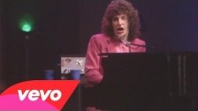 REO Speedwagon 'Keep On Loving You' music video
