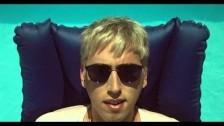 Bilderbuch 'Plansch' music video