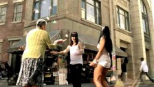 Red Hot Chili Peppers 'Hump de Bump' music video