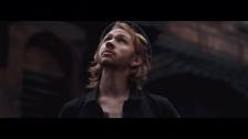 Vetches 'Metropolis' music video