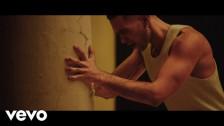 Mahmood 'Rapide' music video
