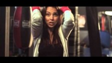 Chenoa 'Quinta Dimensio?n' music video