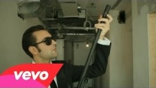 Marco Mengoni 'In un giorno qualunque' music video