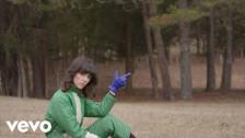 Natalie Prass 'Short Court Style' music video