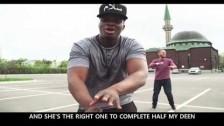 Deen Squad 'Muslim Queen (Trap Queen Halal Remix)' music video