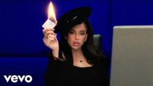 Nathy Peluso 'Business Woman' music video