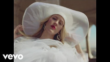 Ellie Goulding 'Close To Me' music video
