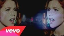 Katy B 'Crying for No Reason' music video