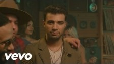Jencarlos Canela 'Bajito (Remix)' music video